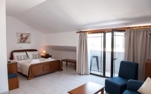 Comfort triple room - Mountain View, Golden Beach hotel: Larissa hotels Agiokampos rooms beach